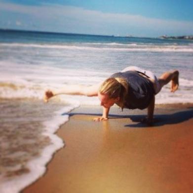 beach arm balance